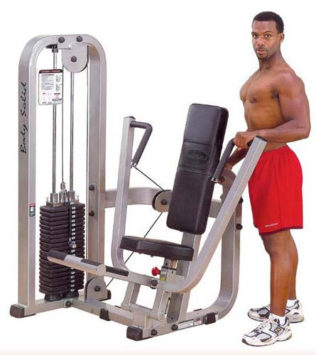Attrezzi pettorali e spalle Bodysolide Club Line Chest Press Machine